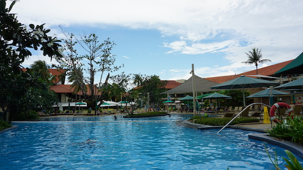 narui.my shangri-la kids pool