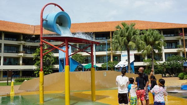 narui.my shangri-la pool 2