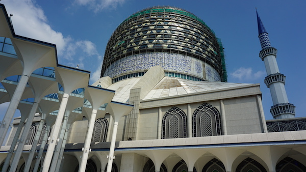 narui.my blue mosque 1