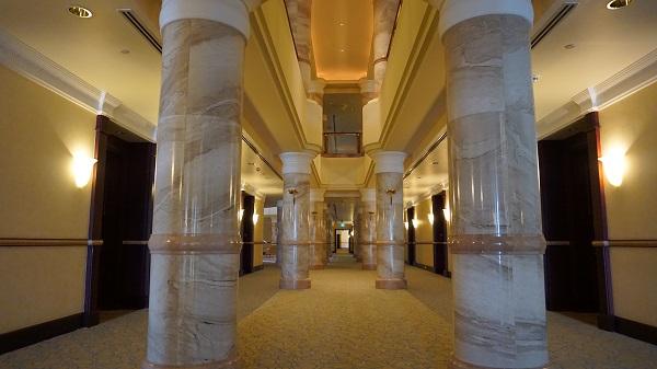 narui-my-the-empire-hotel-brunei-corridor-9