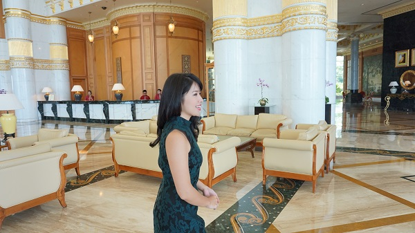 narui-my-the-empire-hotel-brunei-reception