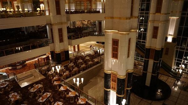 narui-my-the-empire-hotel-night-ver-6