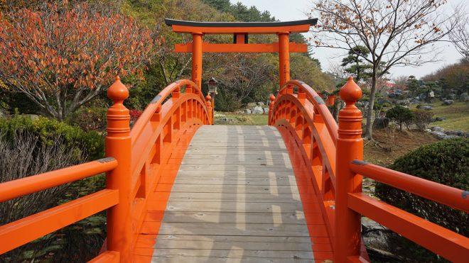 Narui.my 青森県 高山稲荷神社 太鼓橋